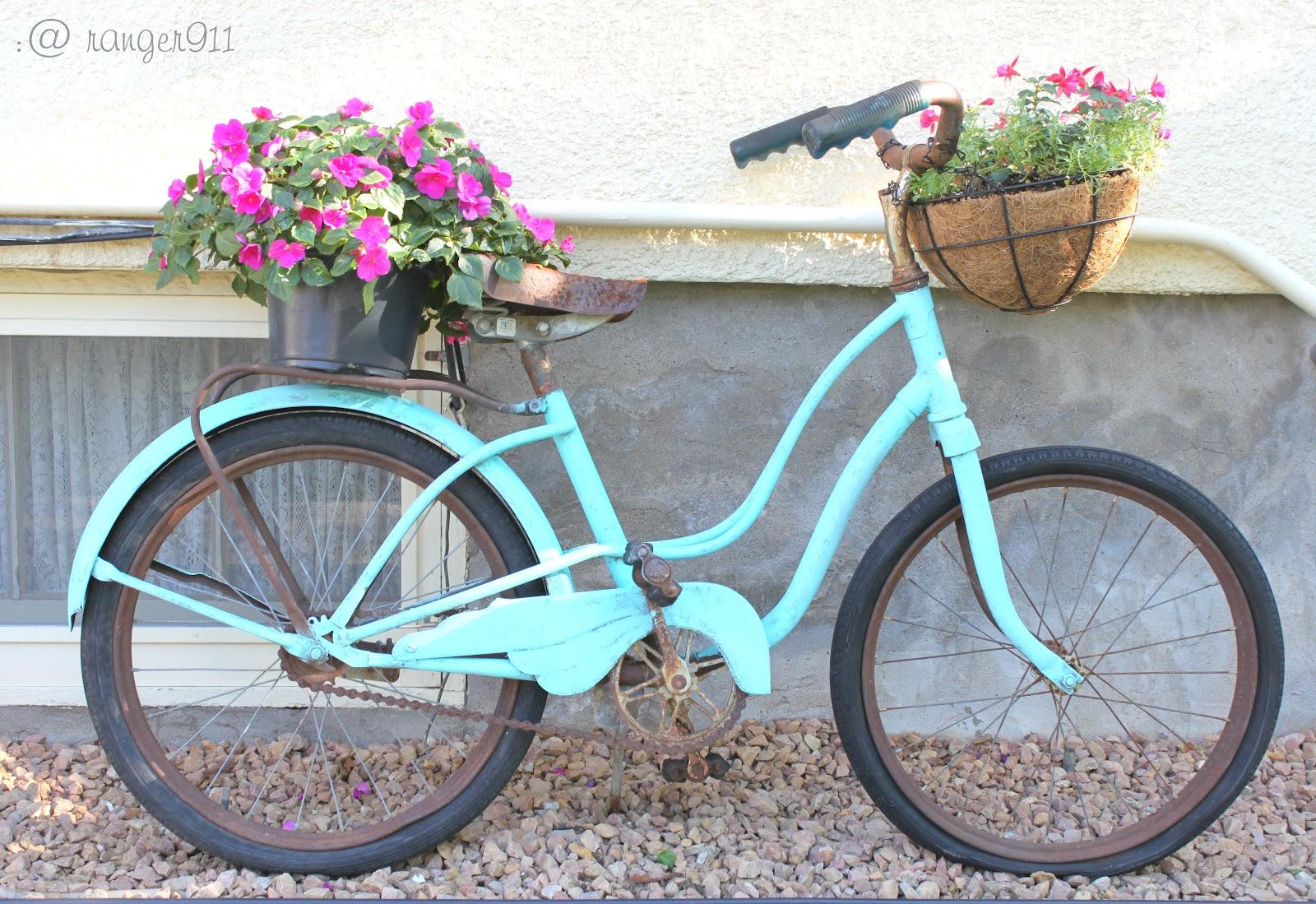 Vintage Painted Bike Planter   Ranger 911