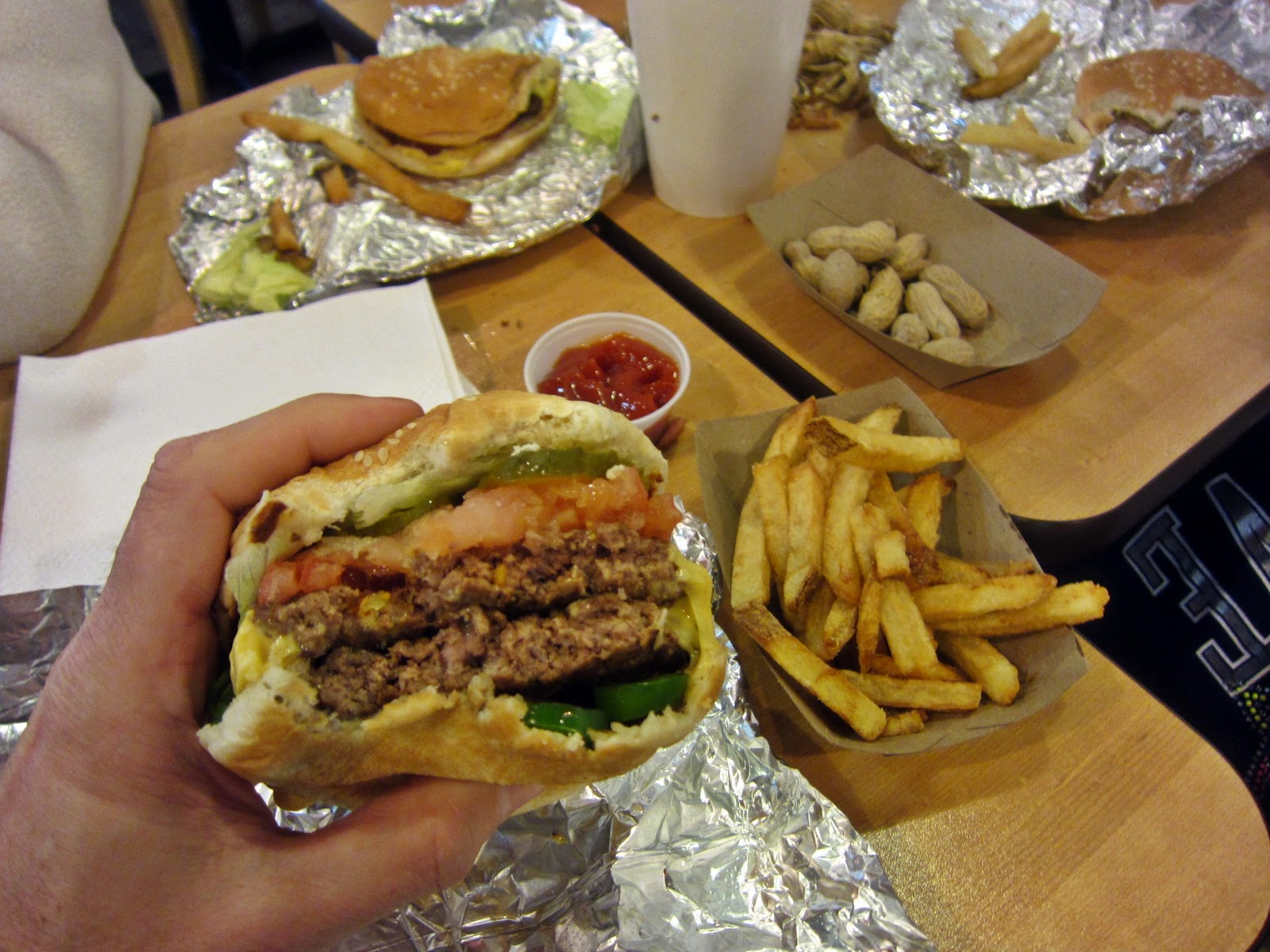 five guys burger Five guys netherlands - - rated 39 based on 93 reviews veggie burger without the burger two pieces of soggy bread, lettuce, cold mushrooms, xold.