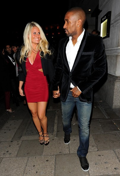 Jermain Defoe with charming, Girlfriend