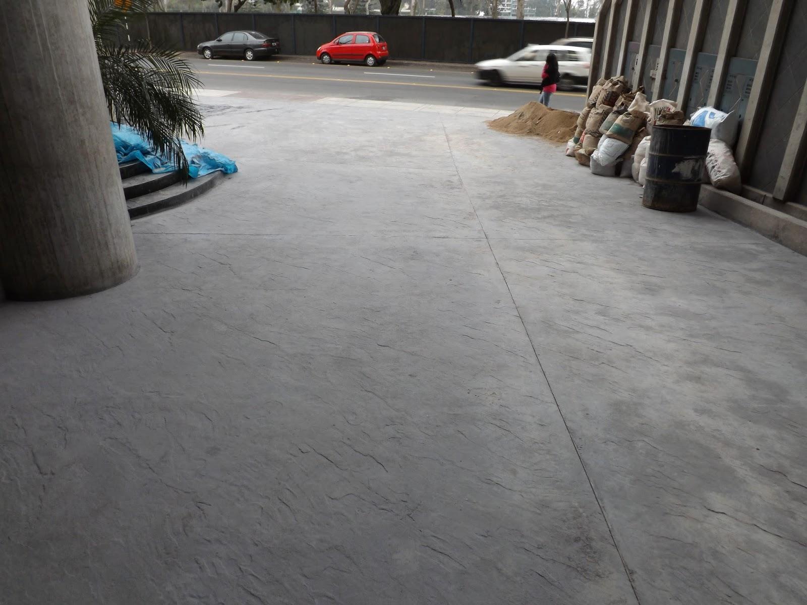 Oniria obra en proceso piso de concreto estampado for Pisos para escaleras de concreto