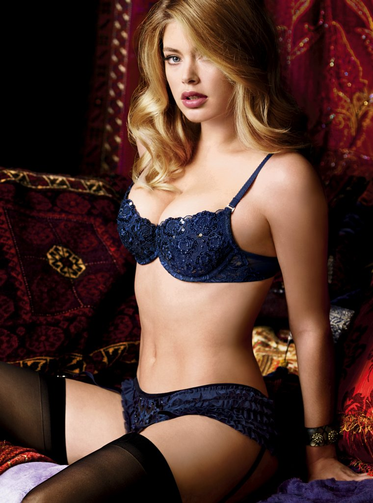 Doutzen Kroes ( Victoria's Secret lingerie MEGAUPLOAD ... Rosie Huntington Whiteley Hair