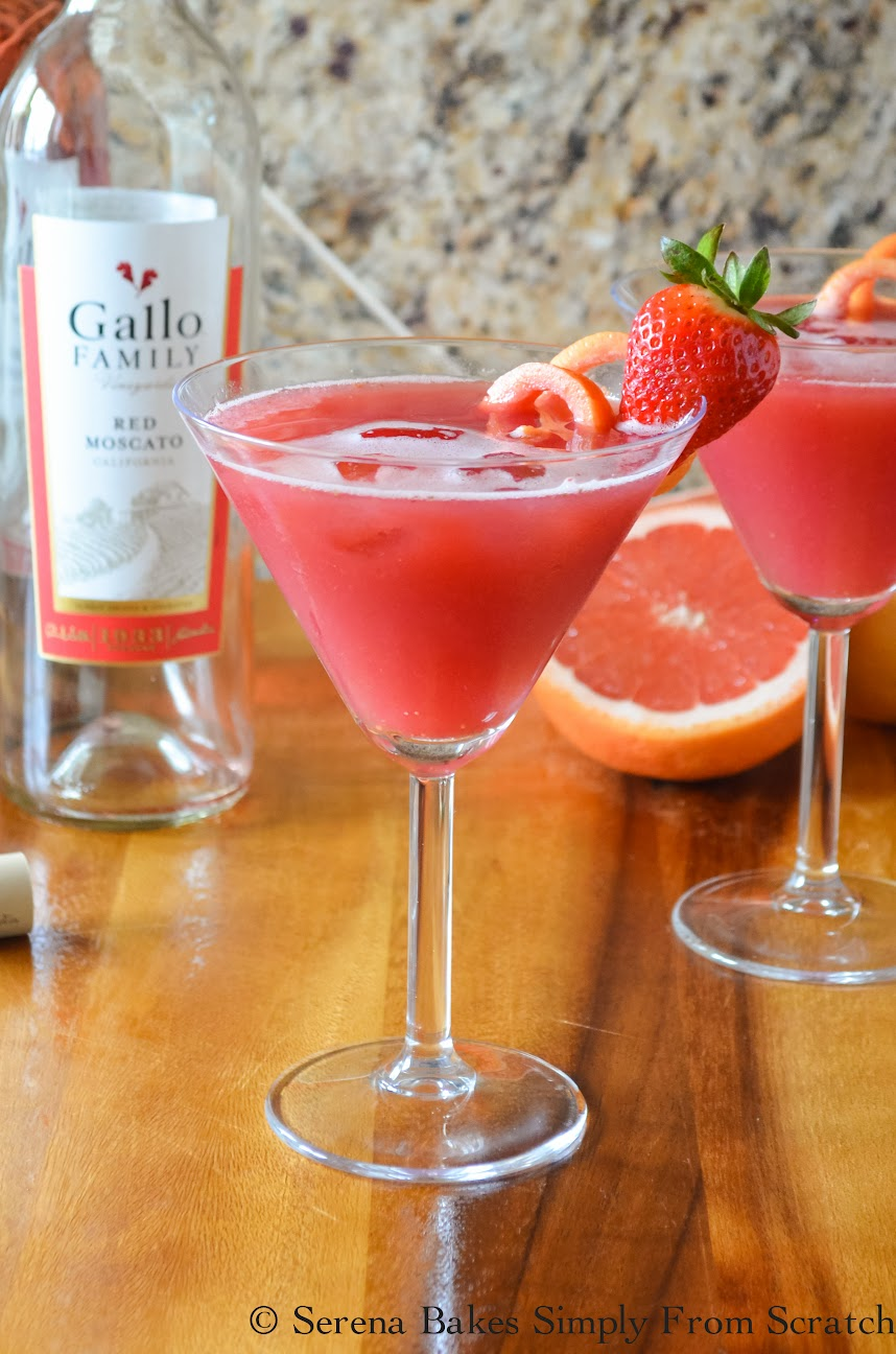 Sparkling-Strawberry-Grapefruit-Moscato-Punch-Sip.jpg