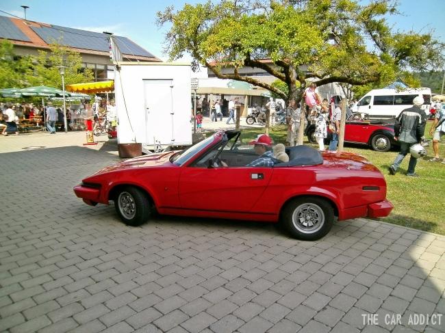 red Triumph TR7