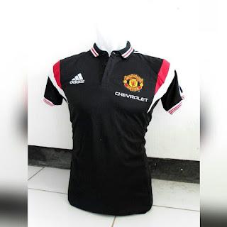 jual jersey polo dan gambar detail baju bola enkosa sport toko online pakaian olahraga Baju bola Polo Manchester Uniter warna hitam terbaru Adidas Chevrolet musim 2015/2016