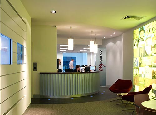 Fresh Reception Office Design with Green Interior