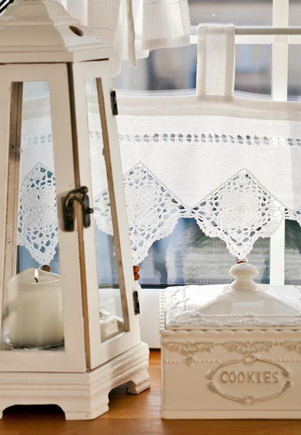 decoracao janelas cozinha:Querido Refúgio – Decoração: Cortina romântica na cozinha