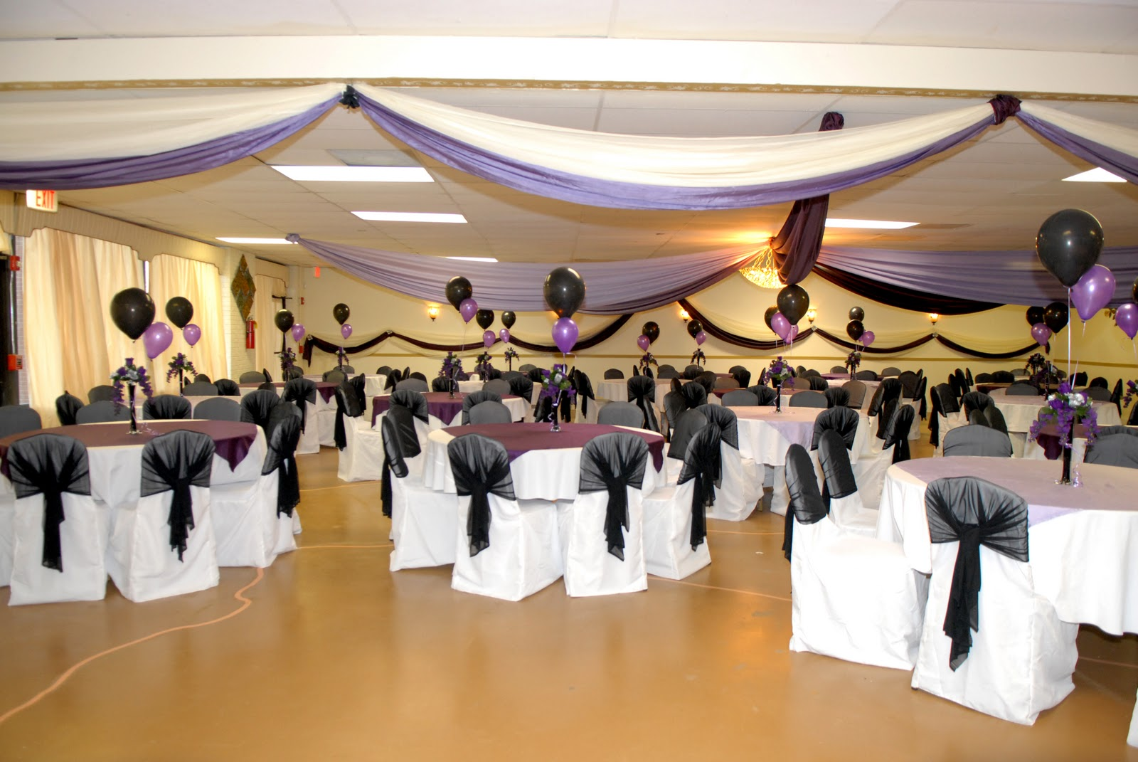 Bella 39 s banquet hall for Hall decoration