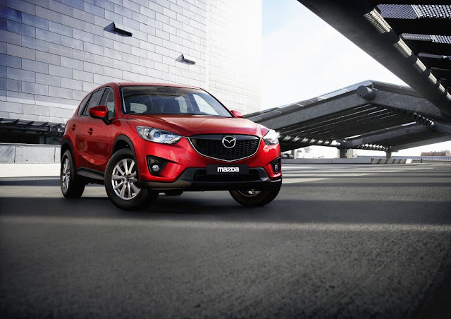 Mazda 6 crossover front image