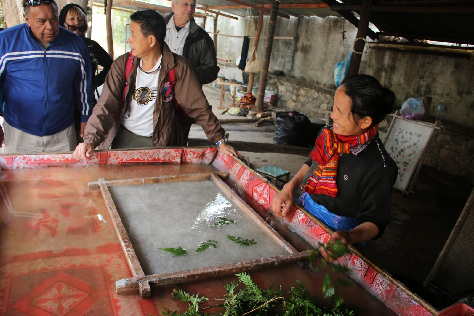Mulberry-paper-making demonstration.