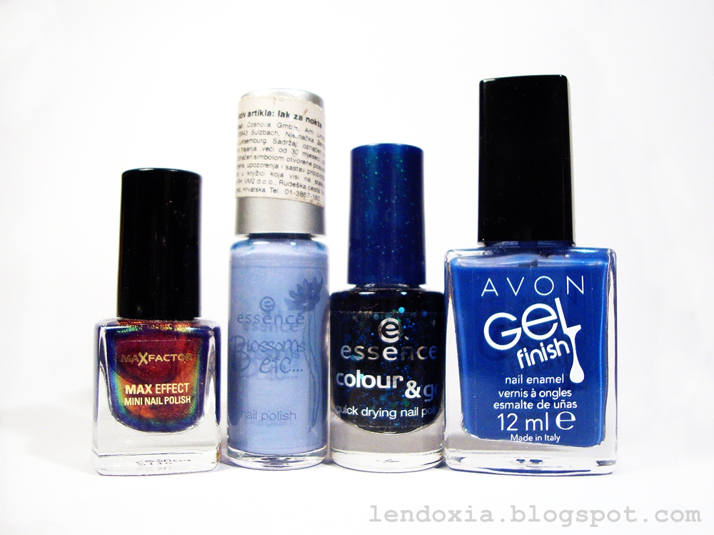 plavi lak za nokte giveaway