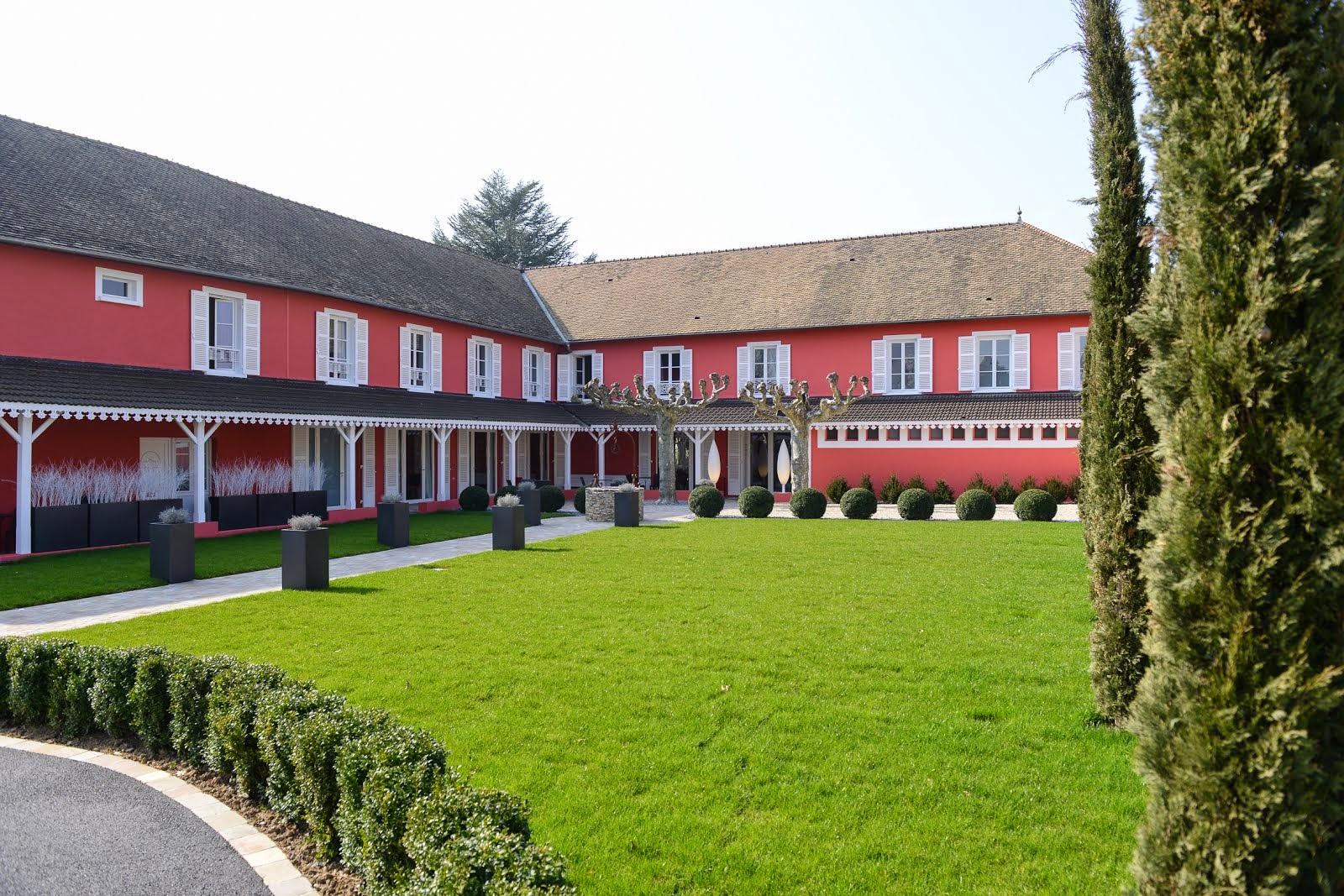 Hôtel Les Maritonnes - Restaurant Rouge et Blanc