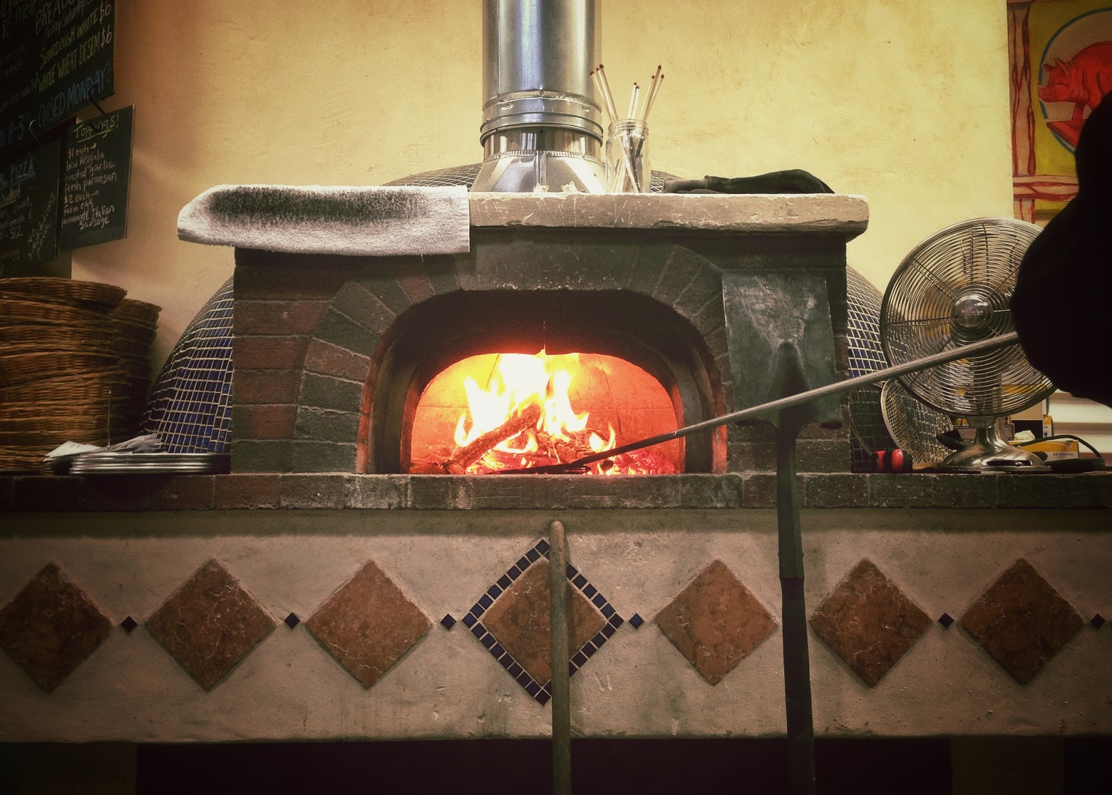Bella Nashville, wood fired pizza in Nashville Tennessee