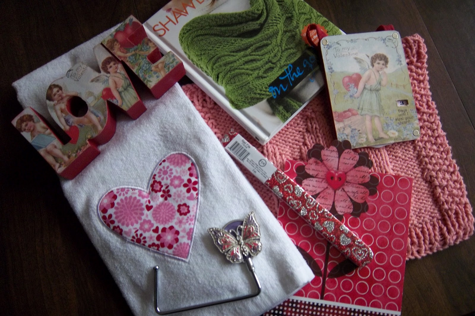 PLUMKRAZYVINTAGE: FAB GIFTS FROM SECRET SISTER
