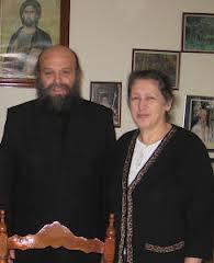 Ο Πρωτοπρεσβύτερος και Εφημέριος του Ναού μας π.Γεώργιος Μητροσύλης μετά της Πρεσβυτέρας του .