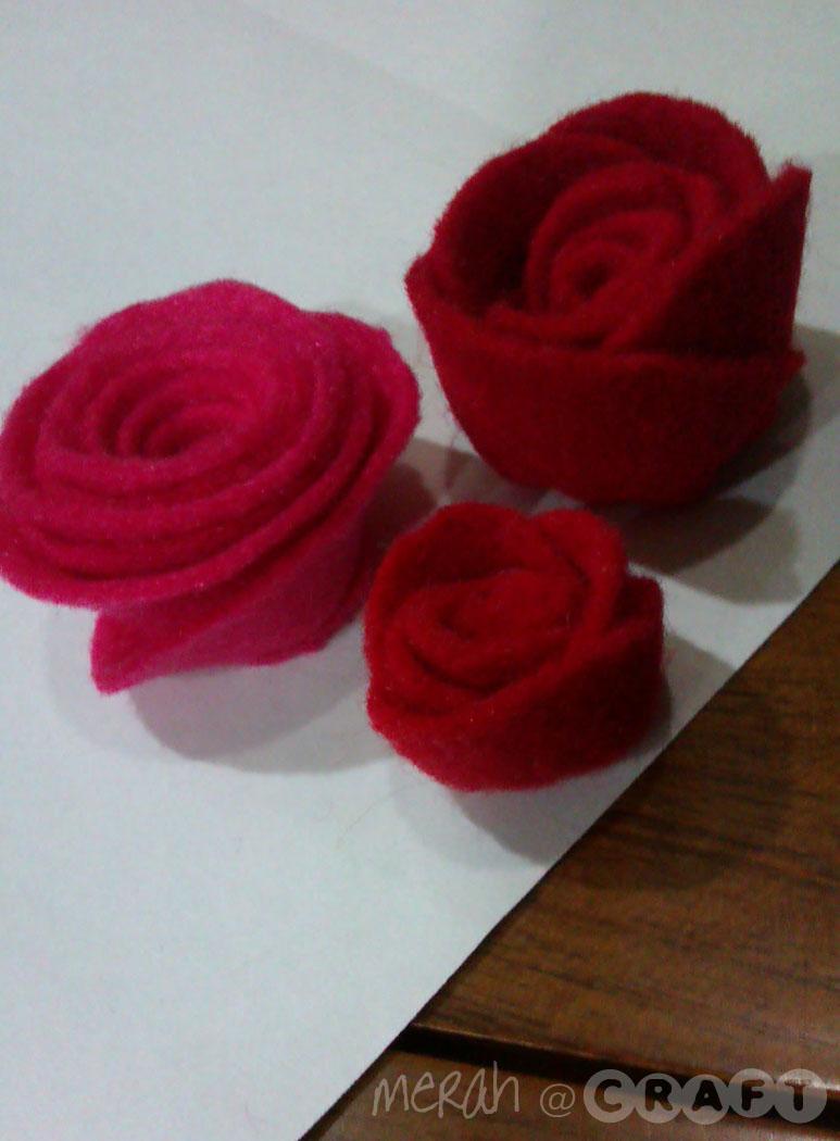 Bunga warna PINK tu ye! :)