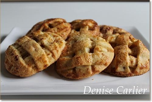 http://www.denisetaartenzo.blogspot.nl/2013/07/maar-weer-is-een-keer-koekjes.html