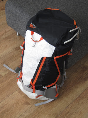 Mountain Hardwear SummitRocket 40 front and side