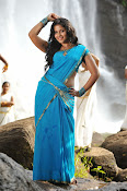 Anjali latest Glamorous photos in saree from svsc-thumbnail-2