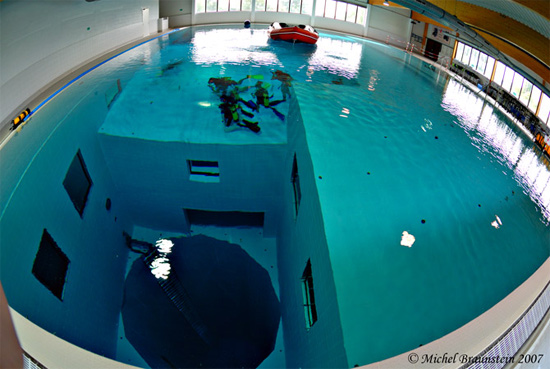how to go to the bottom in the deep pool