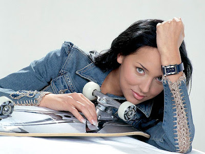 Hot Russian star Alsou Wallpaper