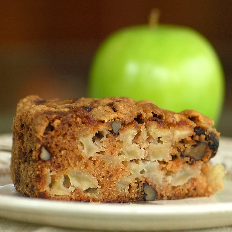 Apple and Spice Anytime Cake