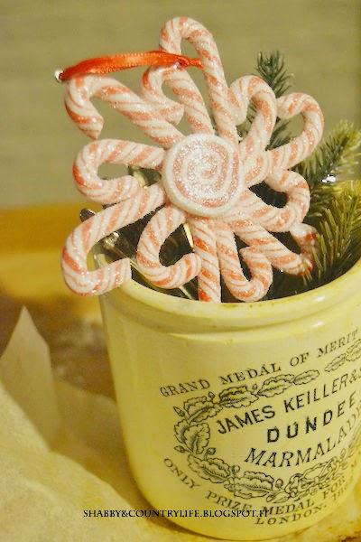 *Lussekatter Garland in Rosso Ribes*  ..una ricetta un po' diversa.. - shabby&countrylife.blogspot.it