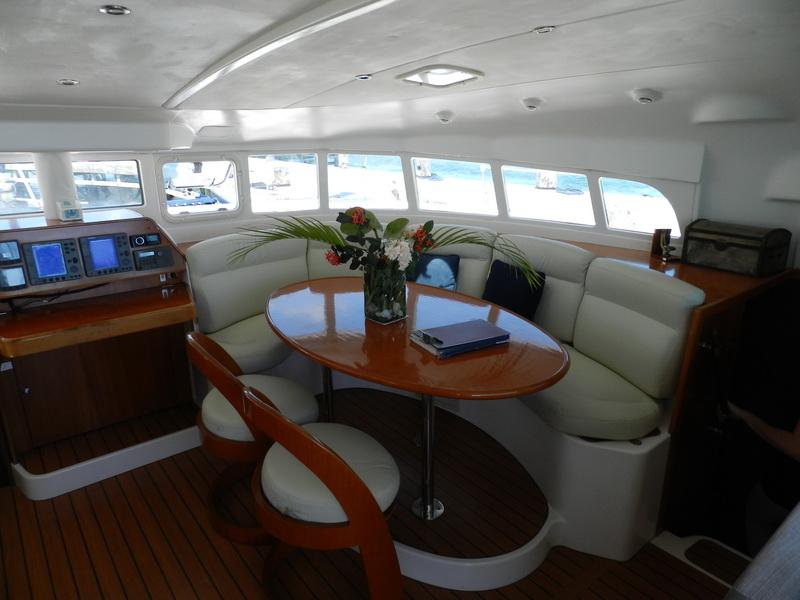 Catamaran lagoon Interior