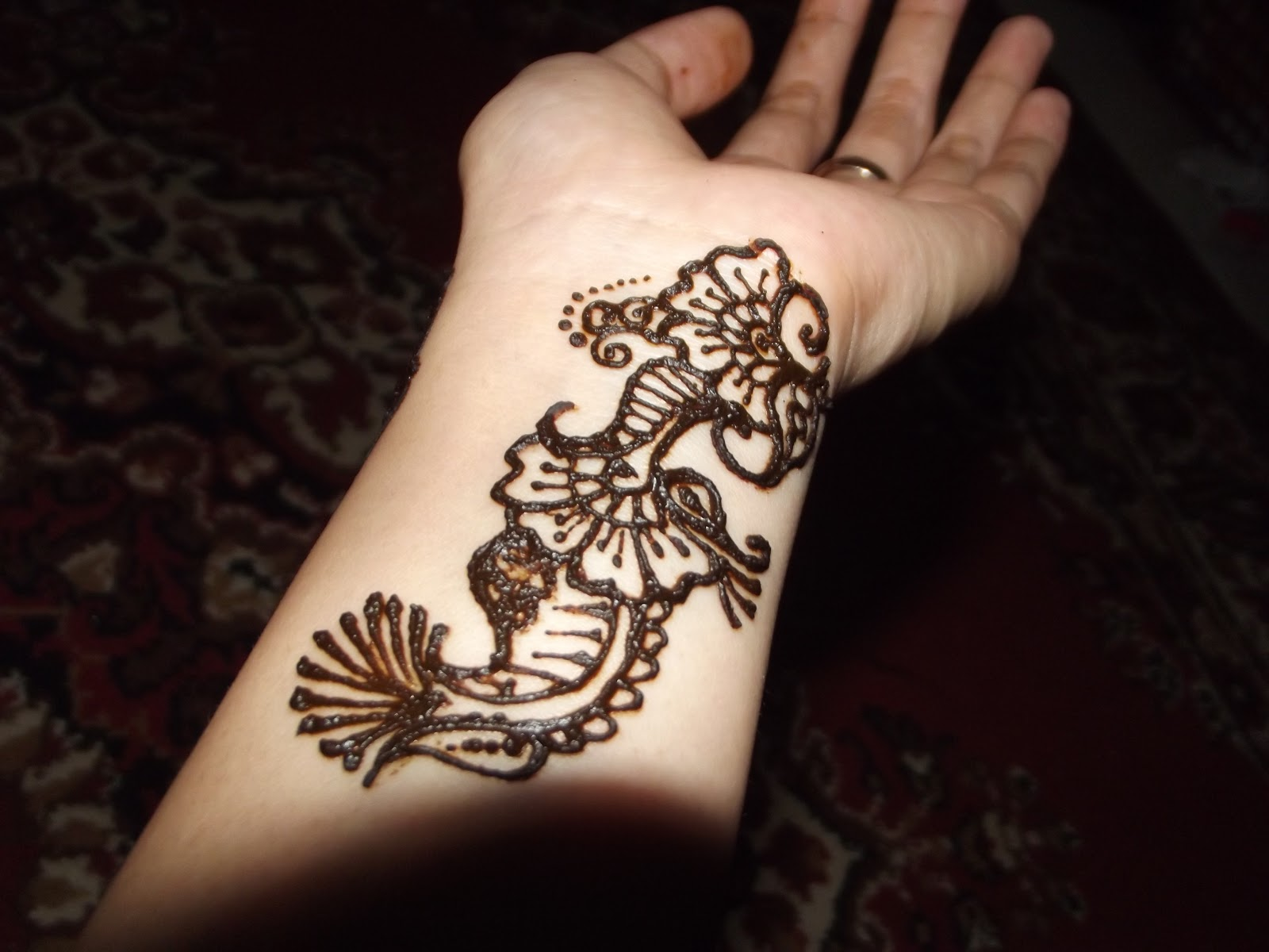 Mehndi Simple Di Telapak Tangan : Henna tangan pengantin art k one production palembang