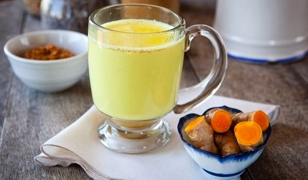 turmeric milk with turmeric tubers