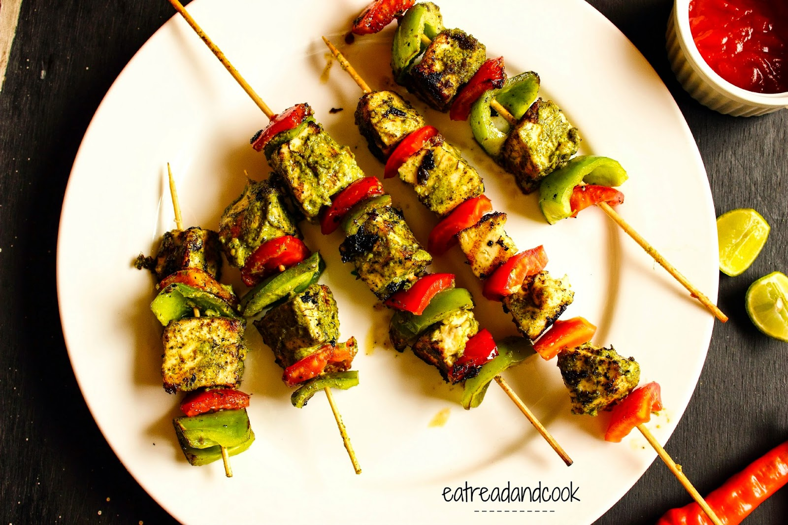 how to cook Hariyali Paneer Tikka