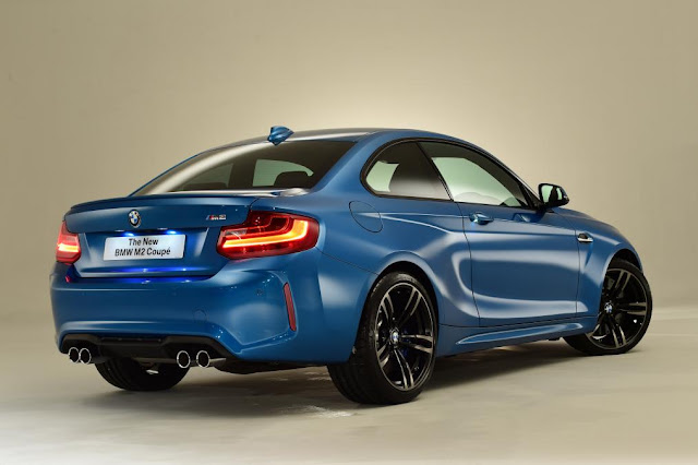2015 New Target BMW M2 Coupe back view