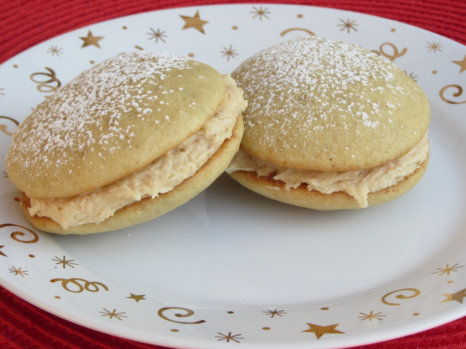 Been There Baked That: Peanut Butter-Banana Whoopie Pies