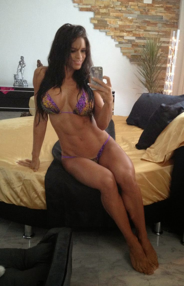 fitness-girl-sexy-body