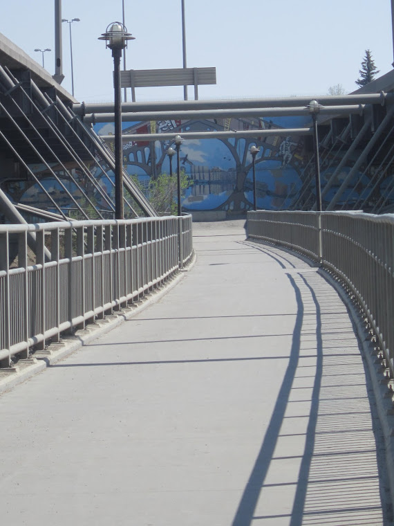 Pedway and Mural