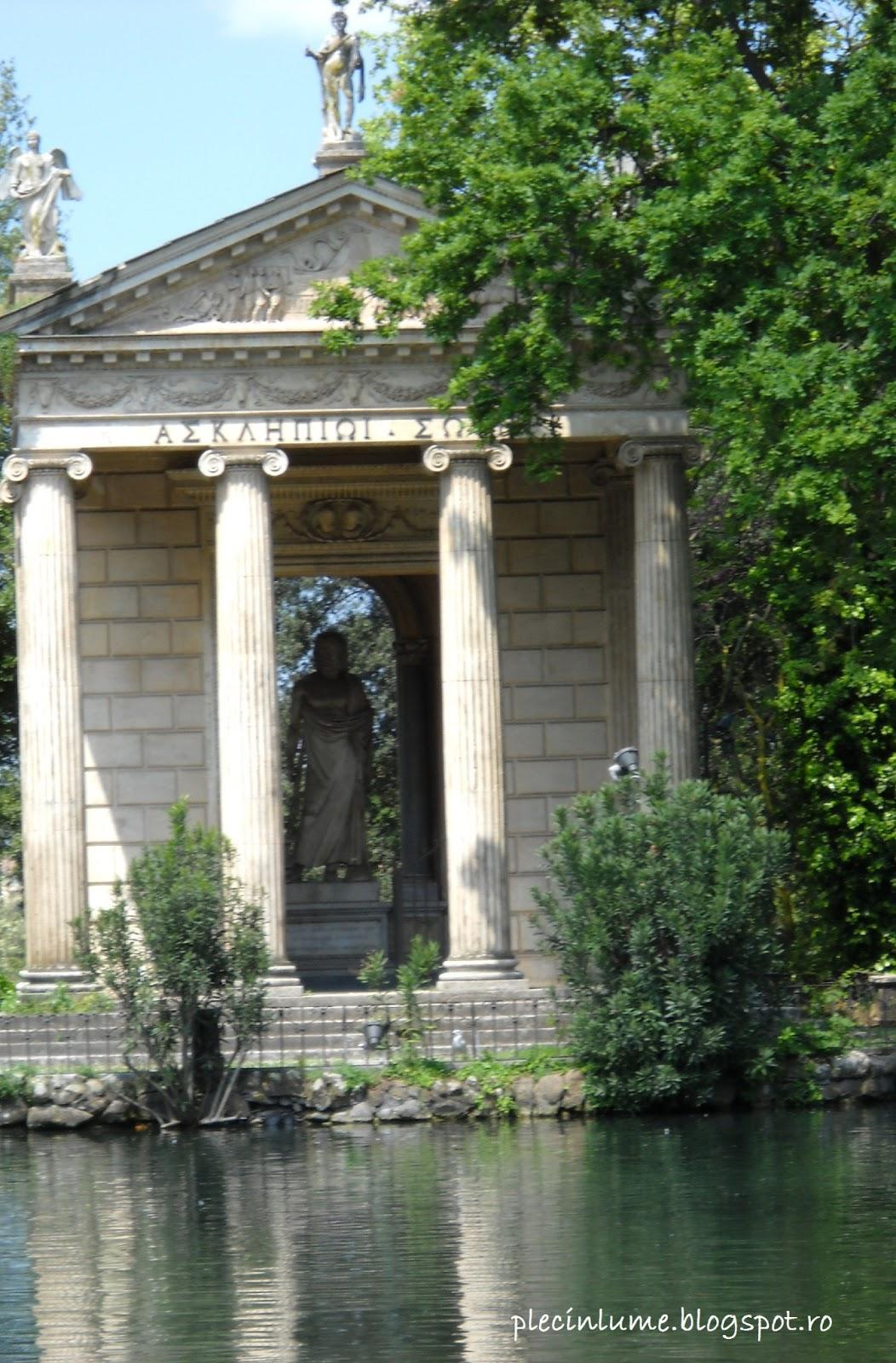 Templul lui Esculap - Villa Borghese in Roma