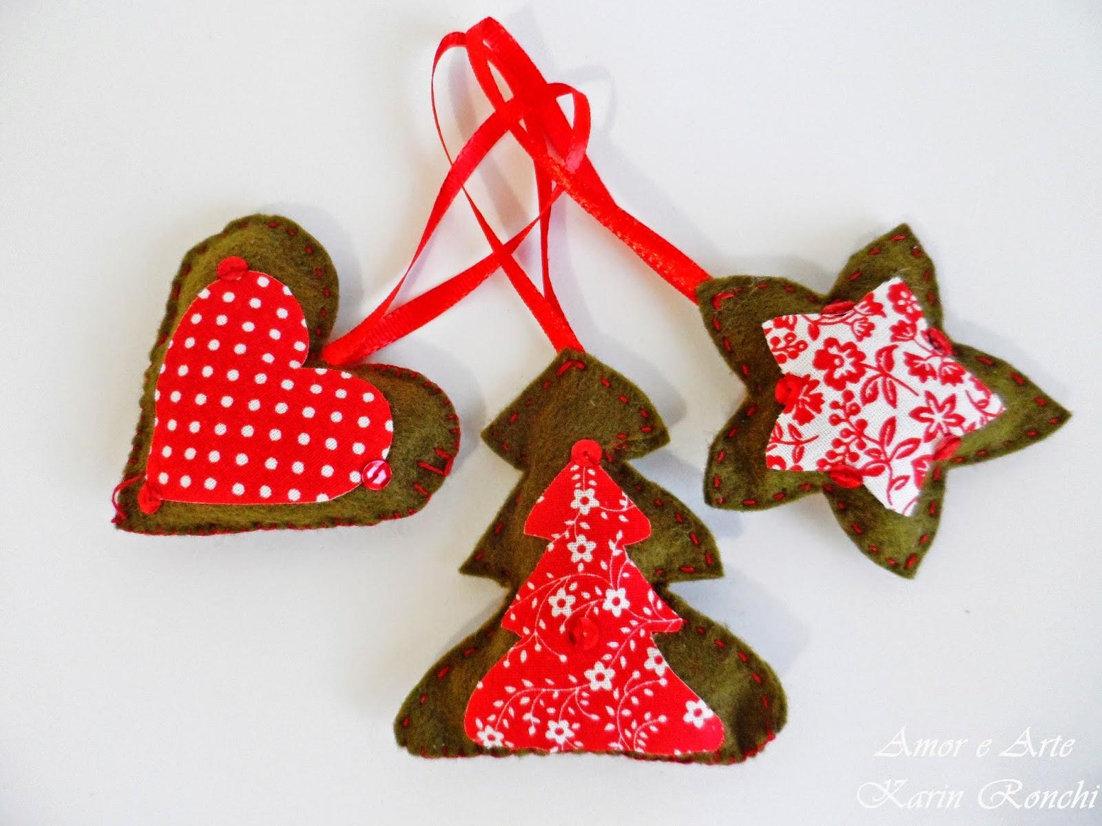 Ornamentos natalinos em feltro - verde e vermelho