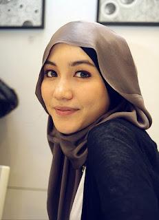 Foto Hijab Hana Tajima