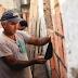 Projeto cristão reforma casas de moradores de favelas no RJ
