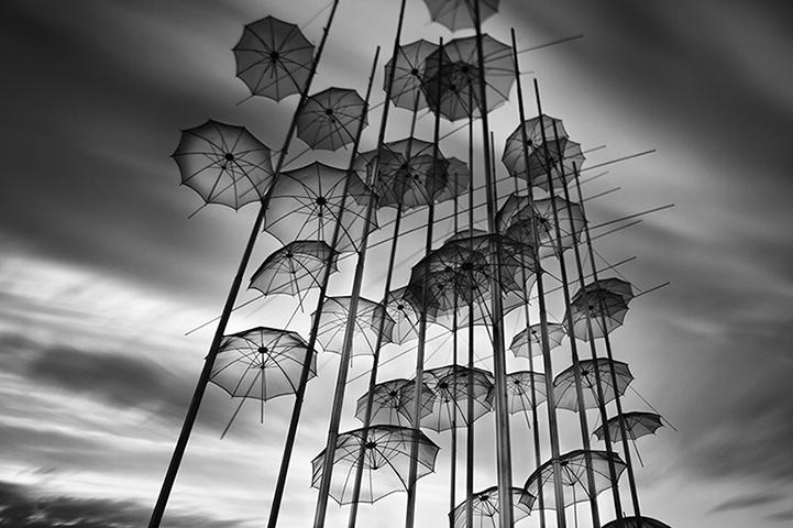 Belas fotos em preto e branco por Vassilis Tangoulis