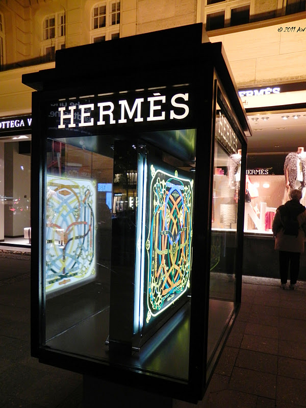 foreignerinberlin herm s shop ku 39 damm. Black Bedroom Furniture Sets. Home Design Ideas