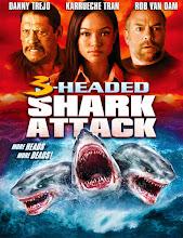El ataque del tiburón de tres cabezas (2015) [Latino]