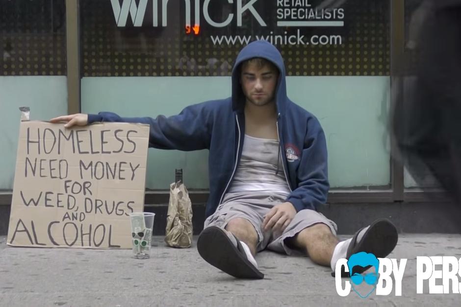 Experimento Social Drogadicto Sin Hogar Vs El Padre Sin Hogar