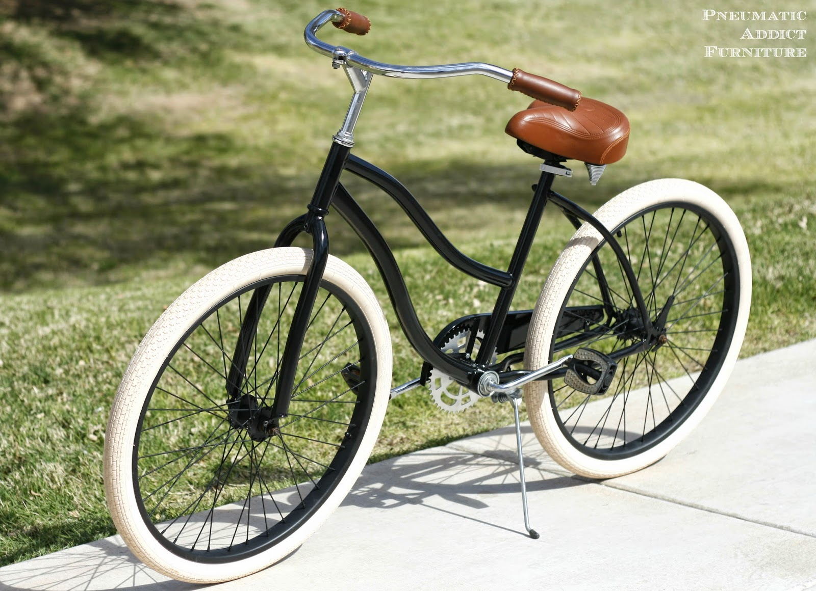 DIY black and cream beach cruiser make-over