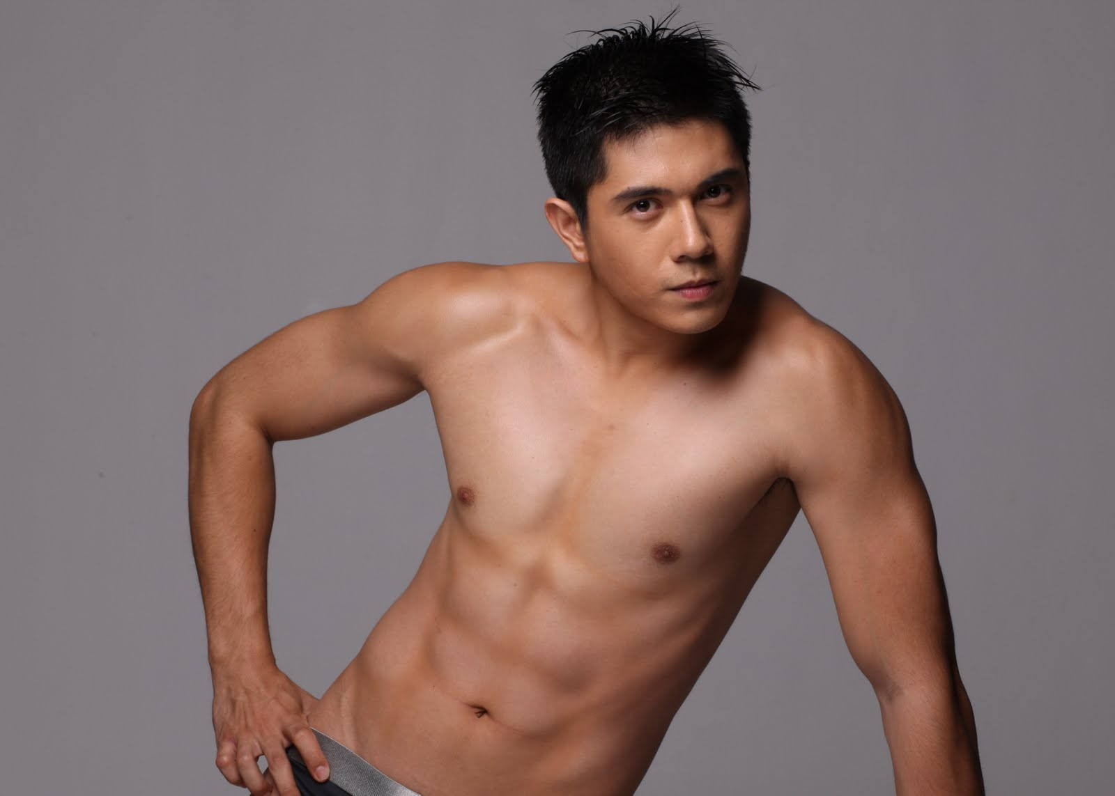 Male pinoy celebrities images 11