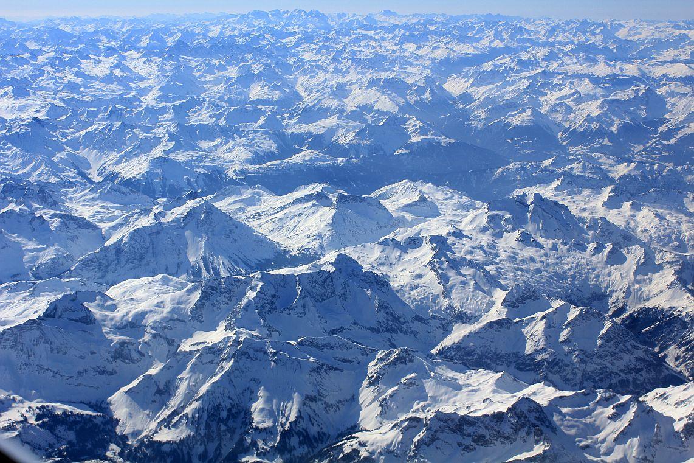 Bob McKerrow - Wayfarer: The European Alps from Geneva and ...