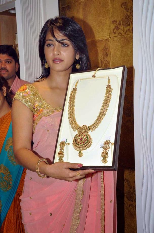 Anushka Sheety in jewellery Openning