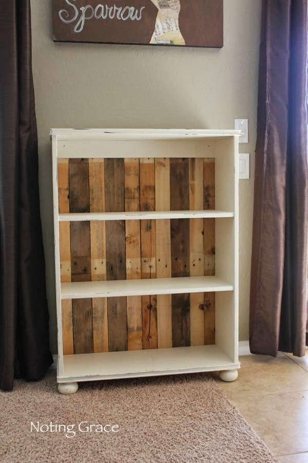 Noting Grace DIY Pallet Bookcase Tutorial