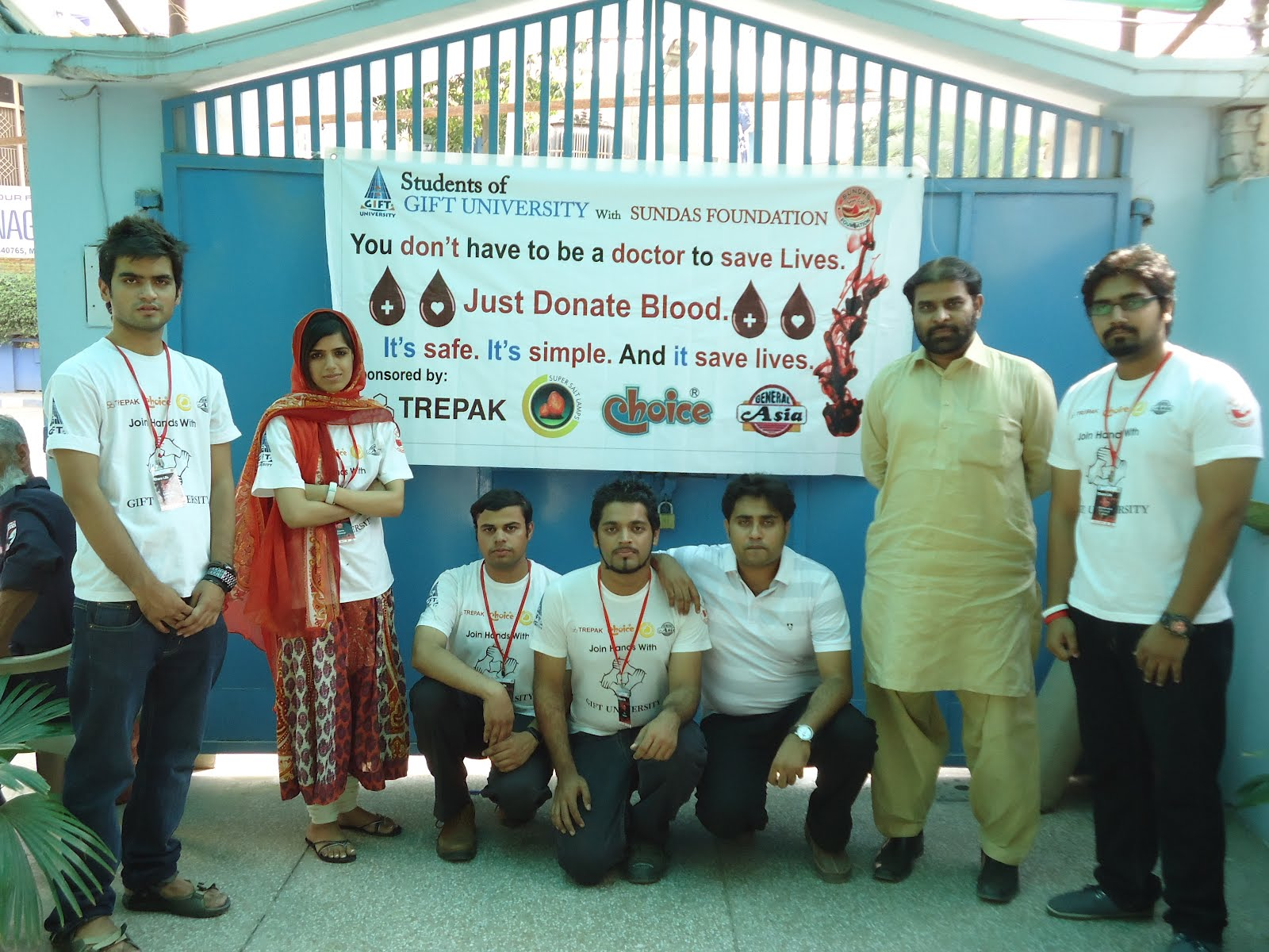 Jumbo infomedia blog gift universitys students organize blood the gift university students proved it once again that they are committed in saving the lives of the needy childrens that are in severe blood diseases like negle Image collections
