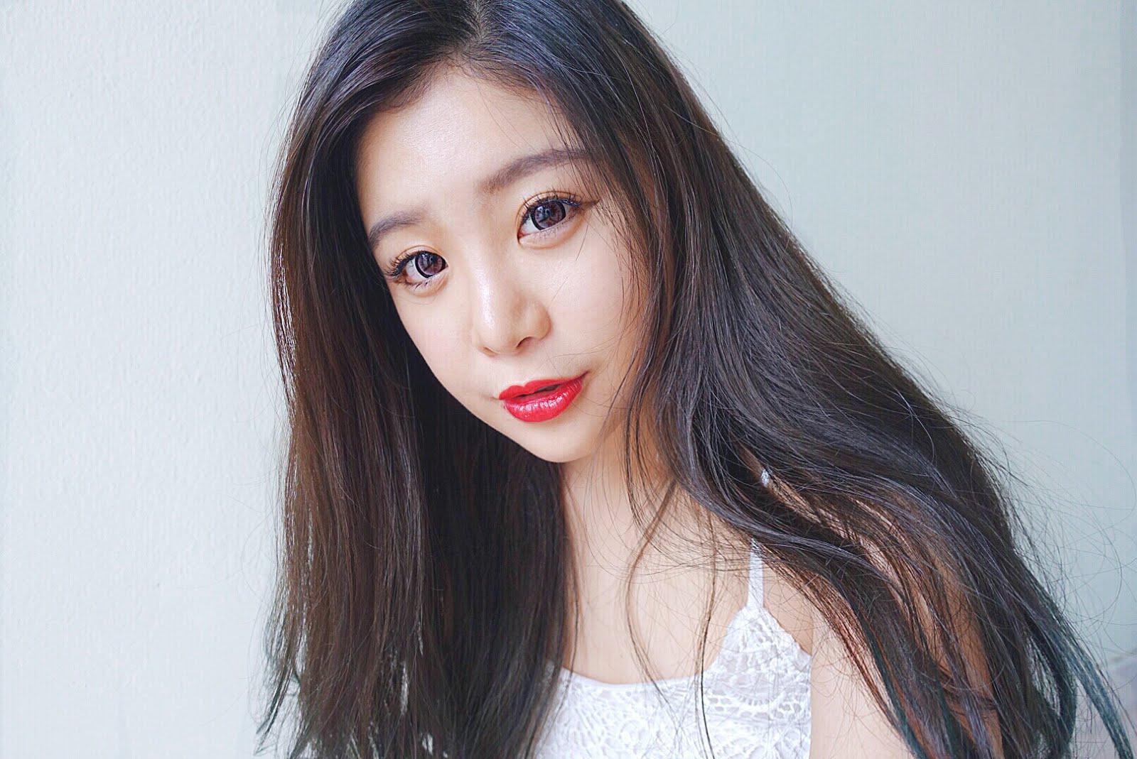 Hola, I'm Shini Lola.