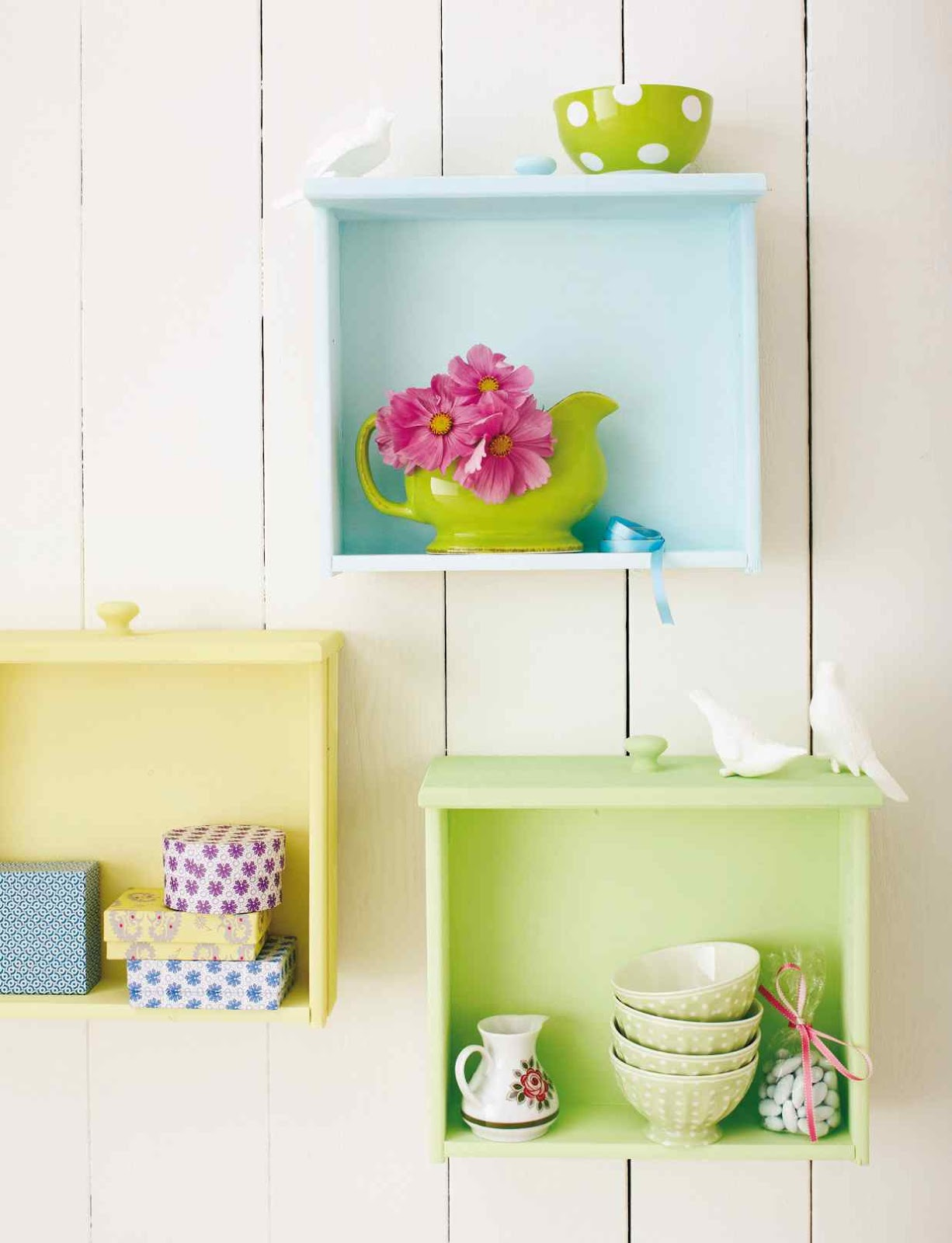 Fabulous Repurposed Drawer Projects | The Budget Decorator